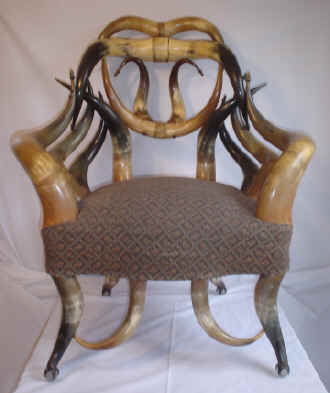 Horn_Chair_Friedrich.jpg (13548 bytes)